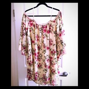 Floral Blouse (NWT)